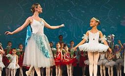 Отчетный спектакль международной сети школ «Балет с 2 лет». 11:00